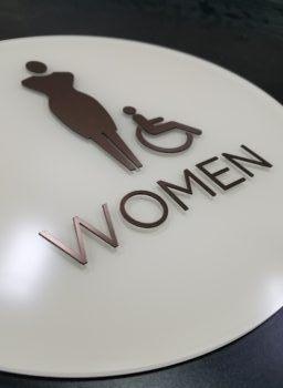 Women - Viejas