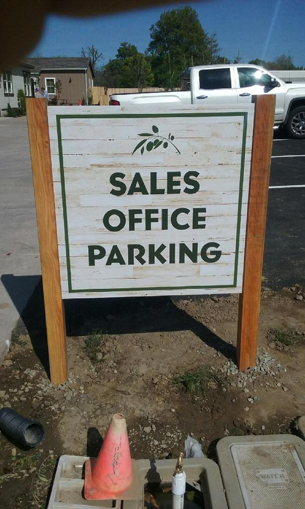 500 - Grupe - Sales Office Parking